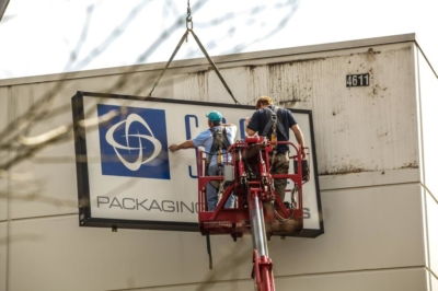 Span Packaging Services Sign Removal